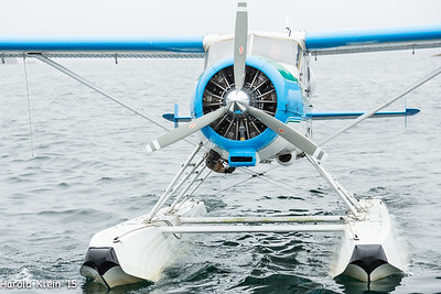Plane ties right to the stern of the boat...
