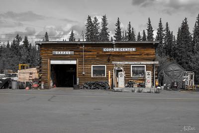 Lonely Garage