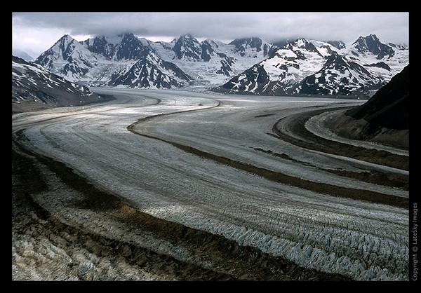 I15 Bremner Glacier Close