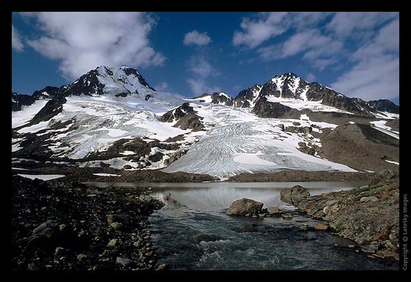 E18 Iceberg Glacier from North
