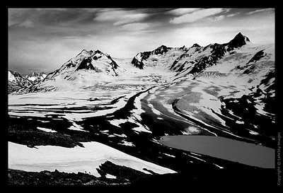 G18 Valley of Glaciers Low (grayscale)