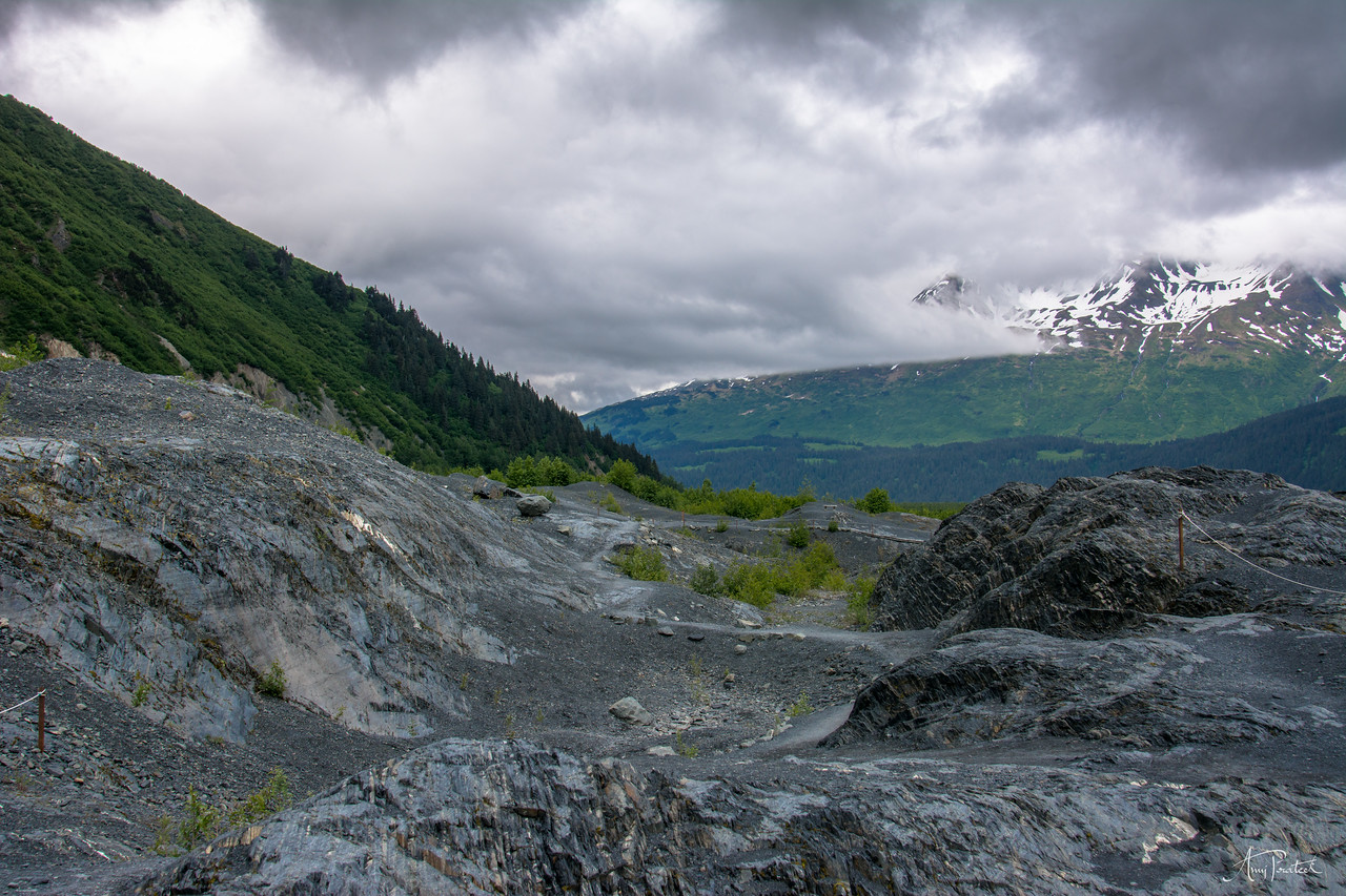 Way to the glacier