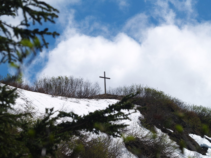 Cross on top of Mt. Roberts