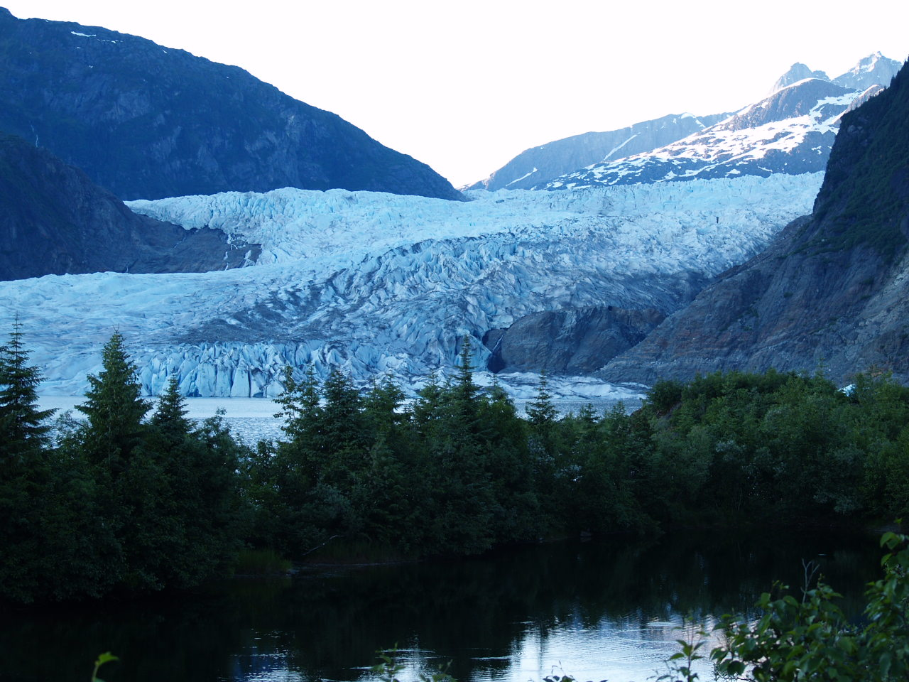 Mendenhall Glacier in the evening (2006).