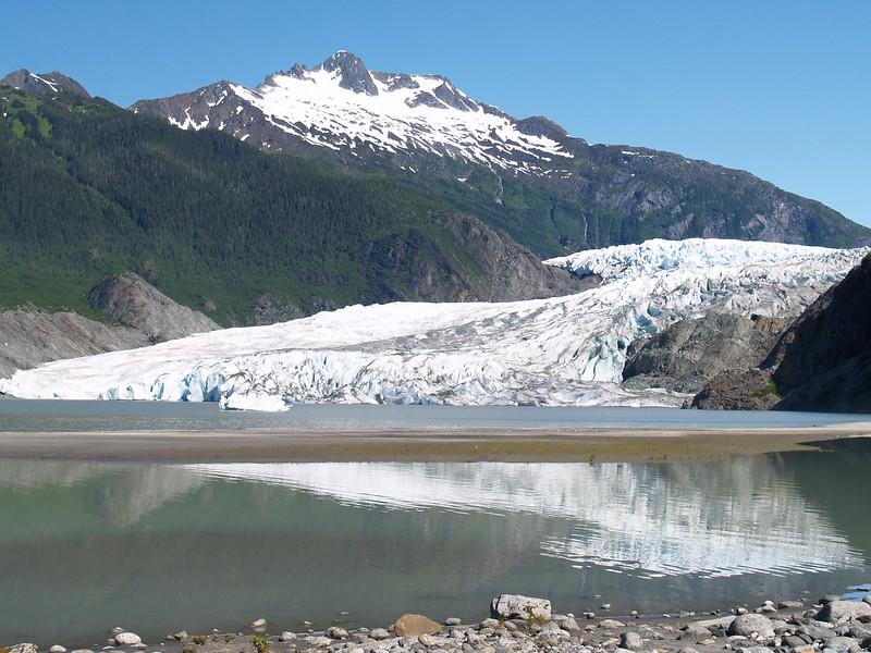 Mendenhall Glacier (2006).