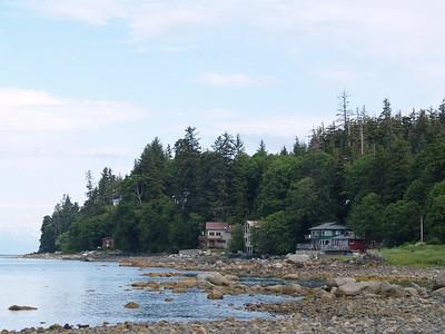 Houses near Lena Beach (2006).
