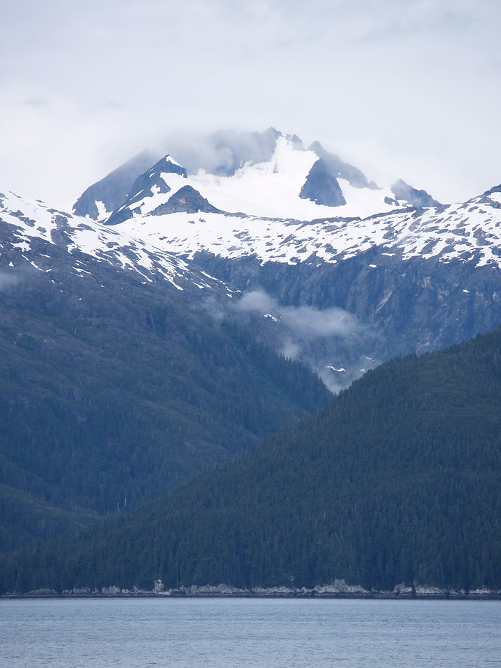 more mountains in Chatham Strait (2006)