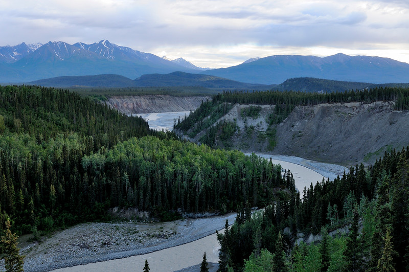 The confluence of the Kuskulana River and the Chitina River seen from the McCarthy Road.