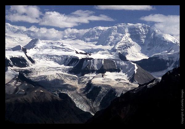 H17Cr Mount Bona Far