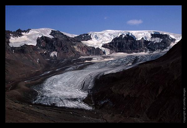 L04 Glacier at Chitistone Pass