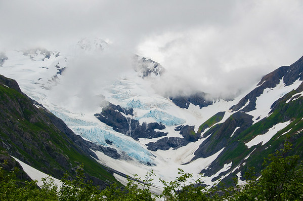 Photo Tour of Alaska: Mountains near Portage Glacier