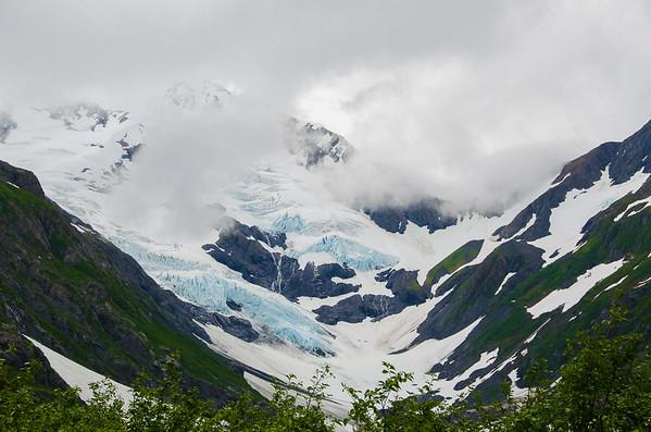 Photo Tour of Alaska: Mountains near Portage Glacier