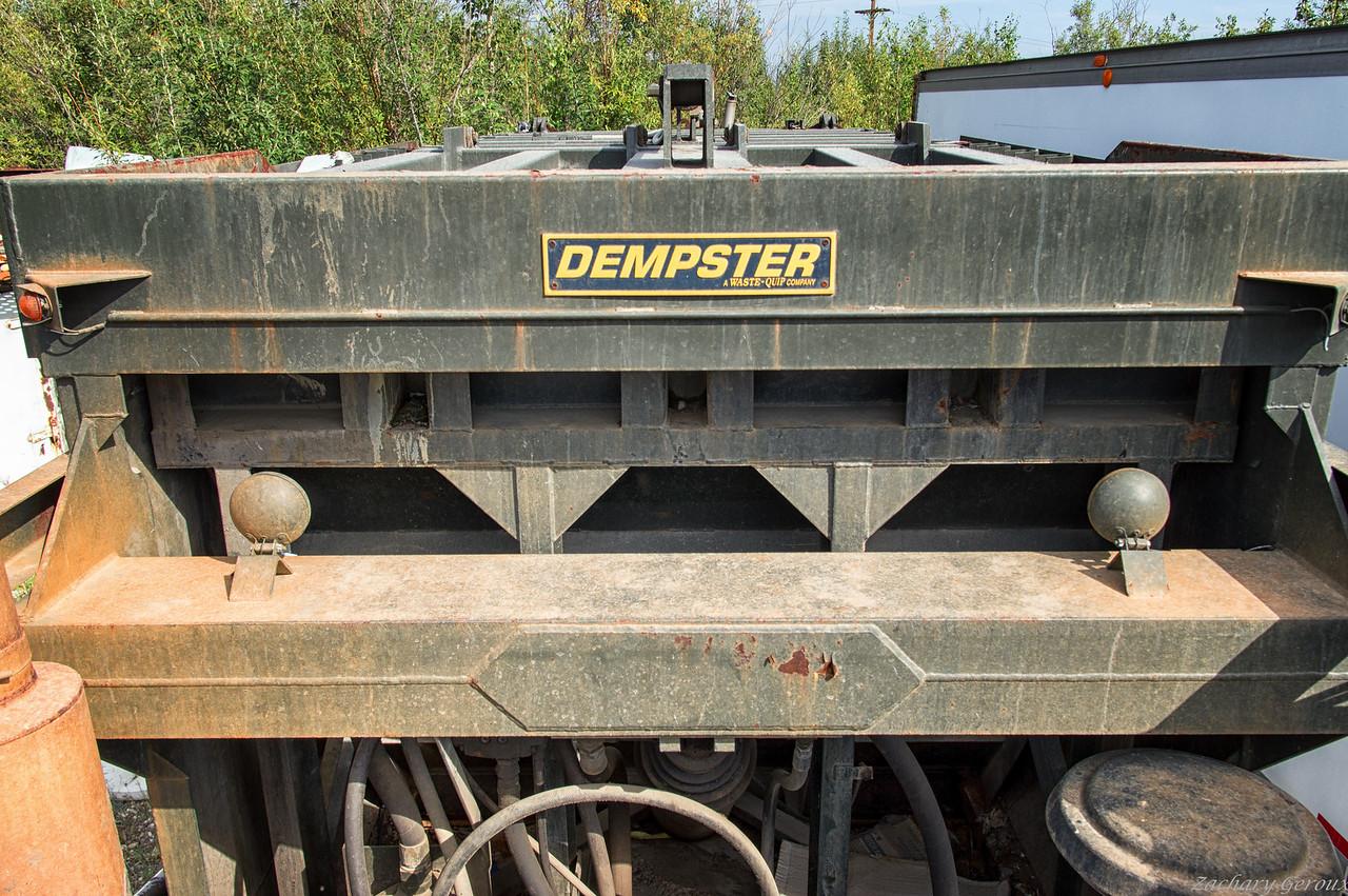 Mack MR Dempster DM Front Loader