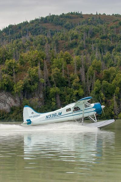 Photo Tour of Alaska: Plane landing on water