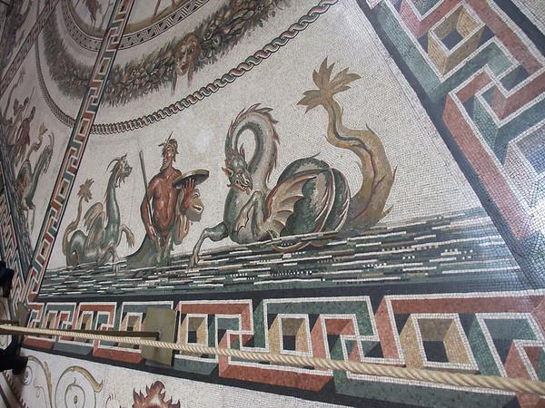 vatican circular hall3