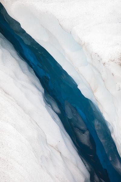 A vein of blue