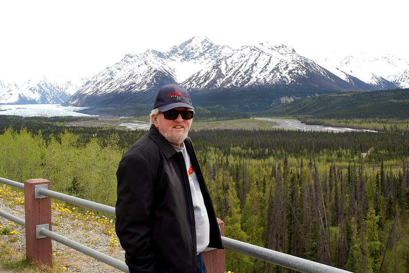 Frank posing for a photo opp on the way to Denali Lodge