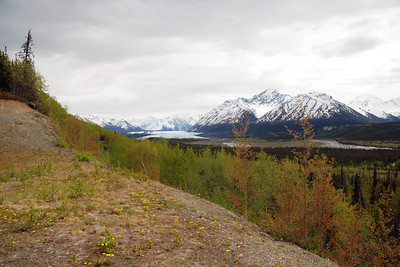 View of Clearnwater Mountains on the way to Denali Lodge -