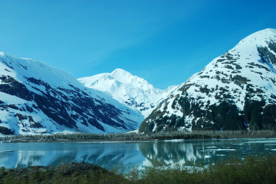 "Another ""Died and Gone to Heaven"" view of the Alaskan mountains"