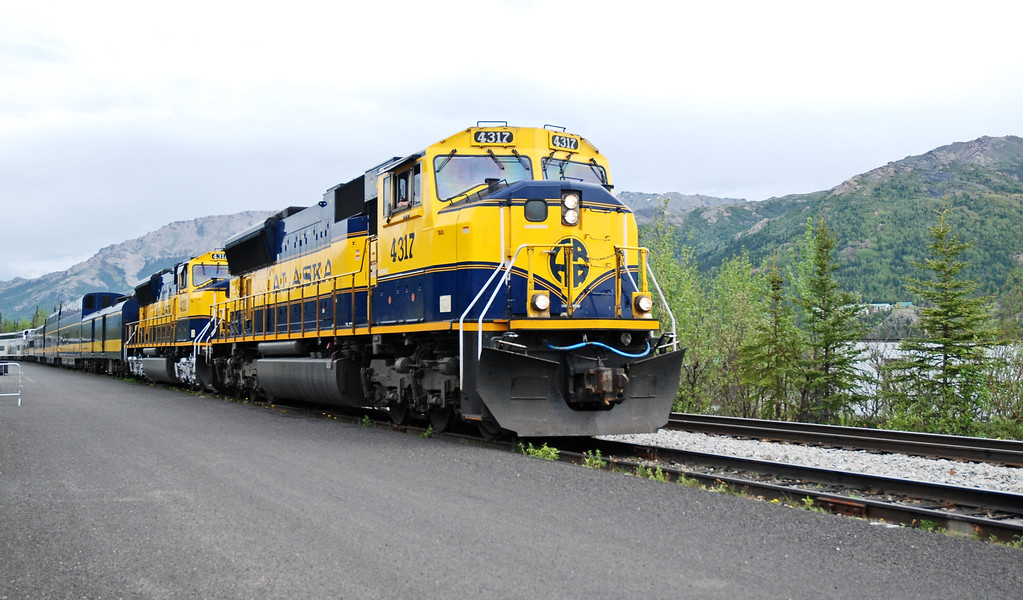 Alaskan Railroad train, leaving Denali to take us to Talkeetna and the Princess McKinley Lodge