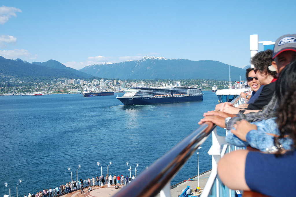 Leaving port at Vancouver and getting ready to party.