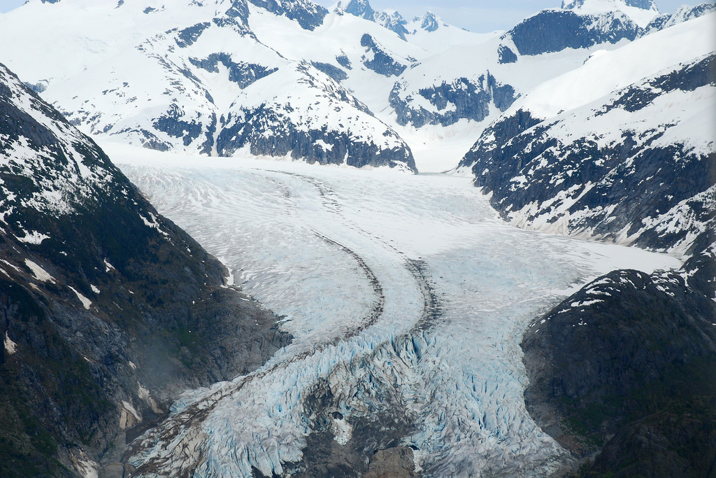 Glacier moving down the mountain