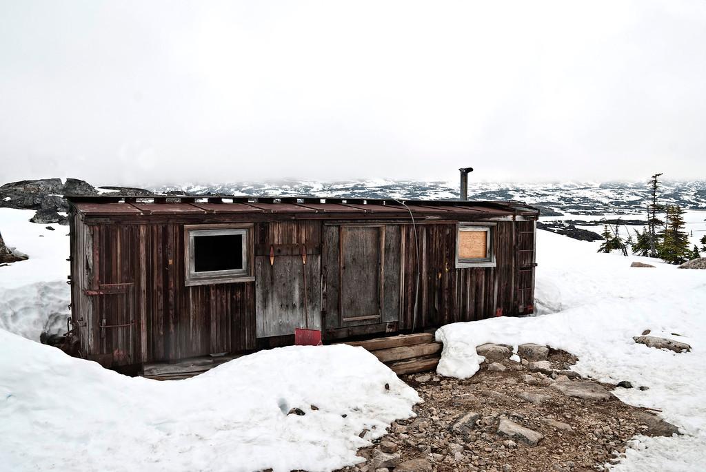 Building along the Yukon Pass