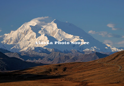 Classic Sept view of Mt McKinley from Thorofare Pass