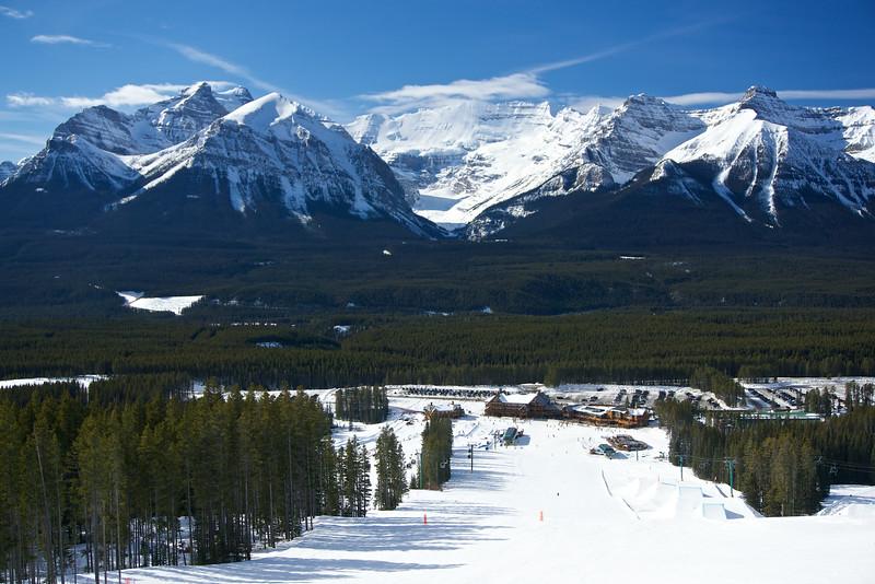 Whiskey Jack Lodge, Lake Louise, Banff National Park, Alberta, Canada