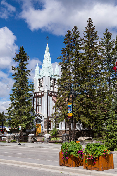 St. Paul's Presbyterian Church, mainstreet Banff, Banff National Park, Alberta, Canada.