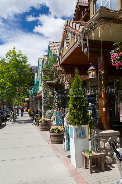 A stereet with shops in Canmore, Alberta, Canada.