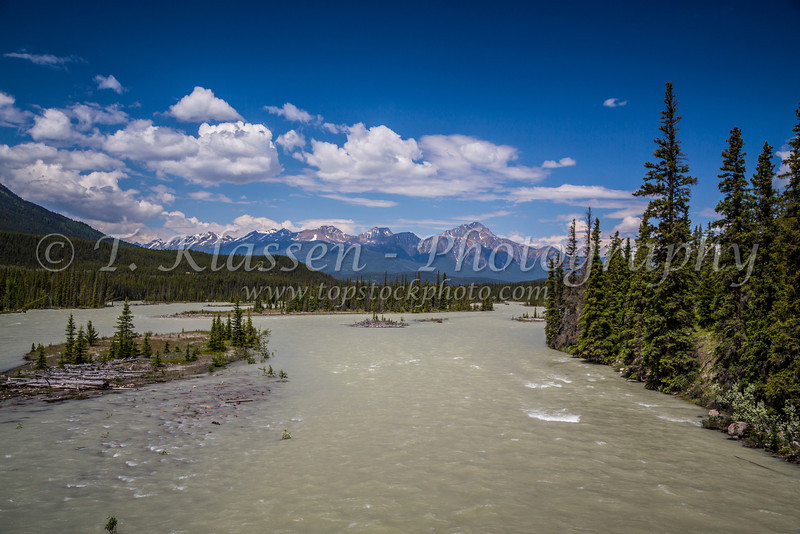 The Athabasca River in Jasper National Park, Alberta, Canada.