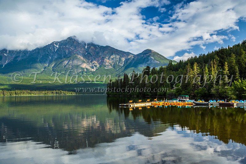 The boat dock of the Pyramid Lake Resort on Pyramid Lake in Jasper National Park, Alberta, Canada.