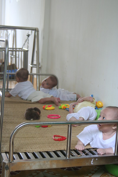 Play Platform with Other Babies