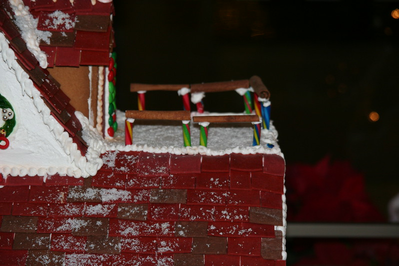 Gingerbread house expedition at the Marriott Millennia hotel.  Interesting use of Cinnamon sticks for the rails.
