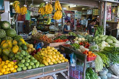 Tagaytay fruit market
