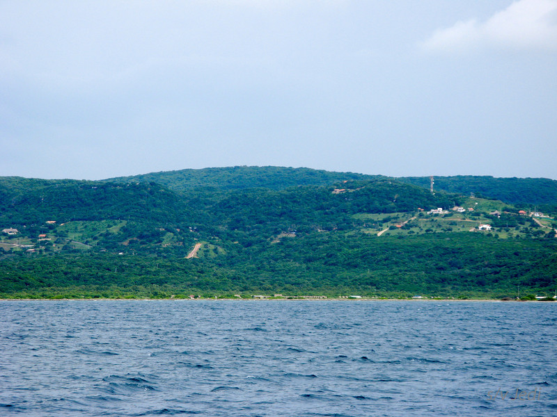 IMG_1224.JPG<br /> Cruising Colombia: Puerto Velero.<br /> Nice green hills around the bay.