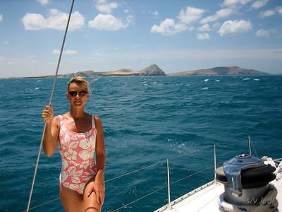 IMG_1148.JPG Cruising Colombia: Cabo de la Vela. Anna the.... deck hand ;-)