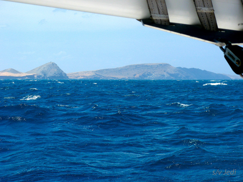 IMG_1151.JPG<br /> Cruising Colombia: Cabo de la Vela.<br /> Beautiful blue water filled with Big Eye Tuna and downwind sailing in 30 knots. Perfect!