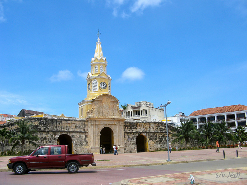 IMG_1318.JPG<br /> Cruising Colombia: Cartagena<br /> Scenes from a taxi.