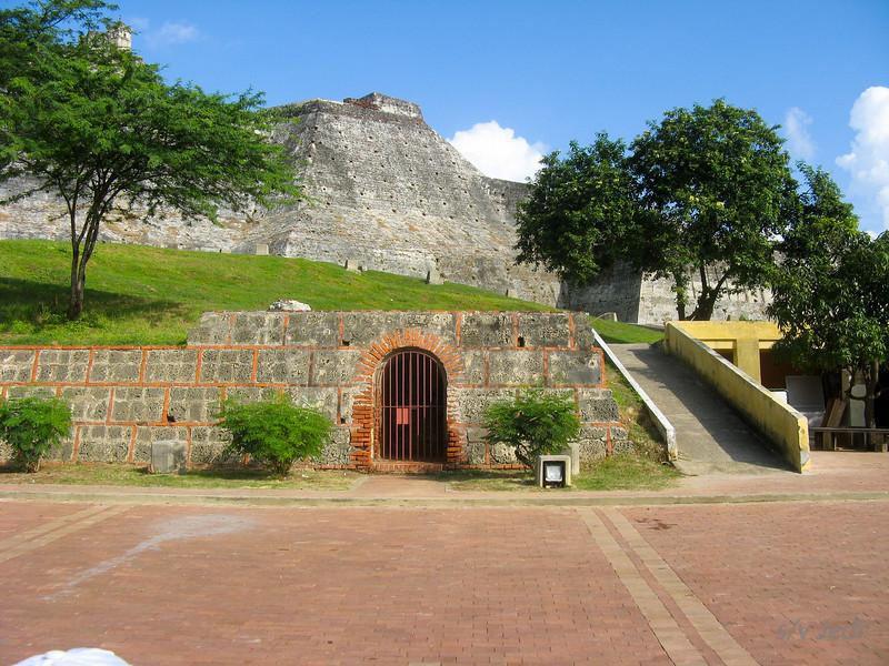 IMG_1259.JPG<br /> Cruising Colombia: Cartagena<br /> Castillo San Felipe