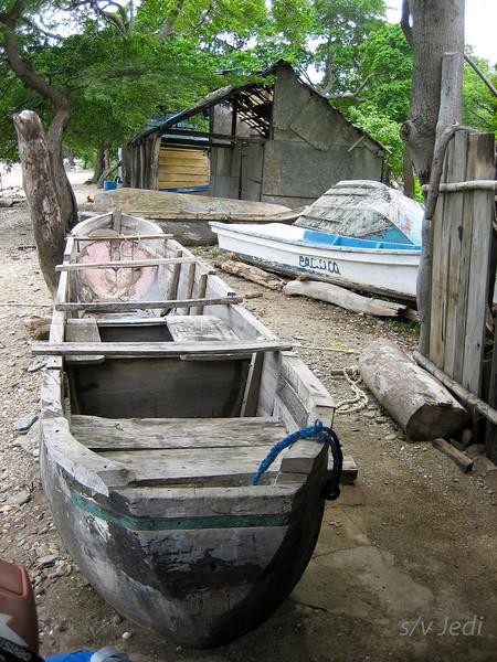 IMG_1191.JPG<br /> Cruising Colombia: Bahia Gairaca.<br /> Cayuko in the repair shop