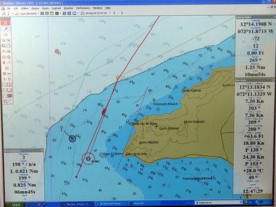 IMG_1154.JPG Cruising Colombia: Cabo de la Vela. Our approach waypoint and our vector showing we're actually going around Cayo El Morro. Gecko took the shortcut. El Morro means the Moors...