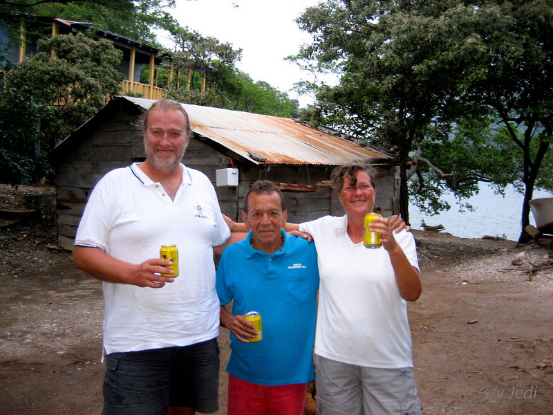 IMG_1193.JPG<br /> Cruising Colombia: Bahia Gairaca.<br /> Our first Colombian beers. He's a small fellow, isn't he? ;-)