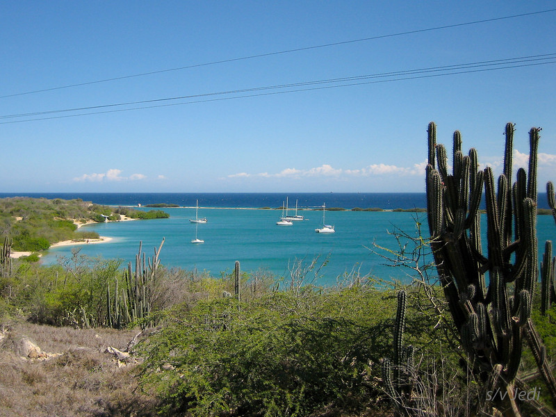IMG_0991.jpg<br /> Cruising in Curacao.<br /> Fuik Baai seen from the hills. Look at the water colors!
