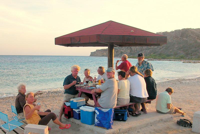 IMG_0997.JPG<br /> Cruising in Curacao.<br /> Beach party & BBQ in Caracas Baai.