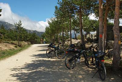 El 'parking' de bicicletas a la entrada del mirador de Vicente Alaixandre.