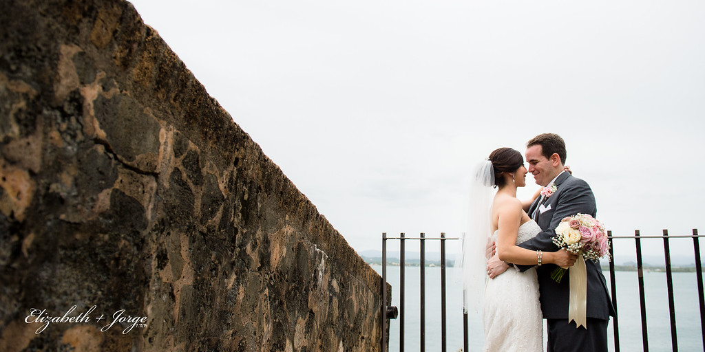 KISS- Elizabeth & Jorge