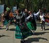 "Bailando la Jota mientras desfilan.  Dancing <a href=""http://en.wikipedia.org/wiki/Jota_%28music%29"">JOTA</a> while parading."