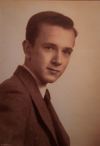 Harry, Apr 1947 (almost 15 yrs old)